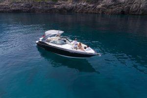 Monterey 32 SS power boat rental in Soller