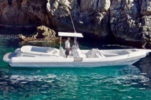 Get up close with them secret caves on the BAT IV 996 rib charter