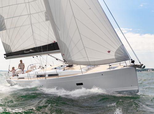 Sailing Boat Rental in Soller – Hanse 458