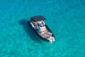 Bareboat rib rental in Ibiza with the Nuova Jolly 30