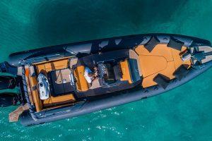 Stunning Nuova Jolly 30 rib charter in Ibiza