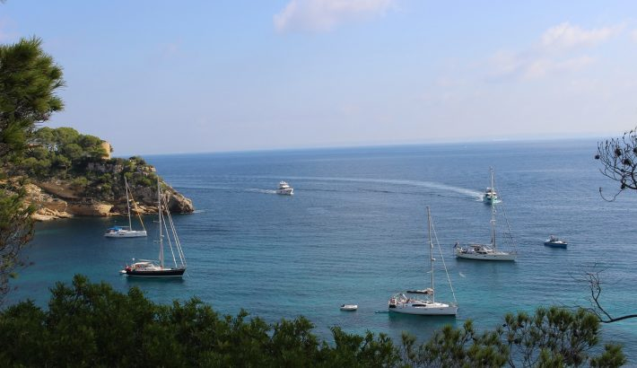 Visit the South West of Mallorca with a boat rental this summer!