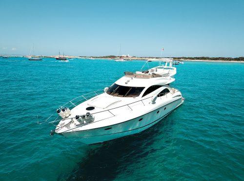 Boat Charter in Ibiza – Sunseeker Manhattan 60