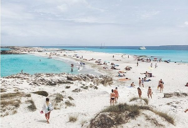 Charter a Yacht to Formentera this summer