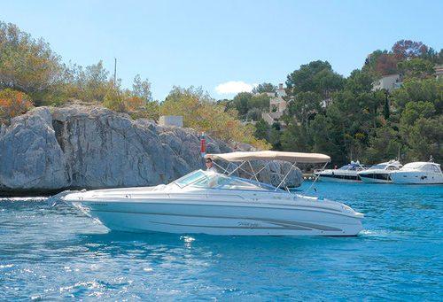 Boat rental Santa Ponsa – Sea Ray 280