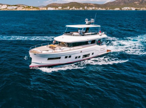 Stunning Luxury Yacht Charter – Sirena 64