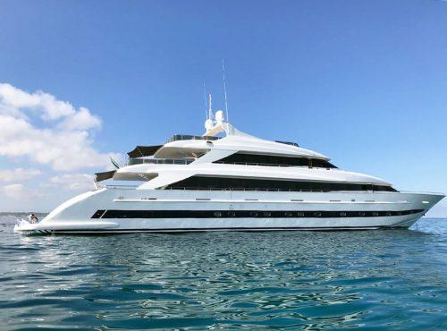 Stunning luxury superyacht charter – Tecnomar Nadara 43