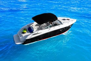 Fun day charter boat in Ibiza on the Cobalt 303