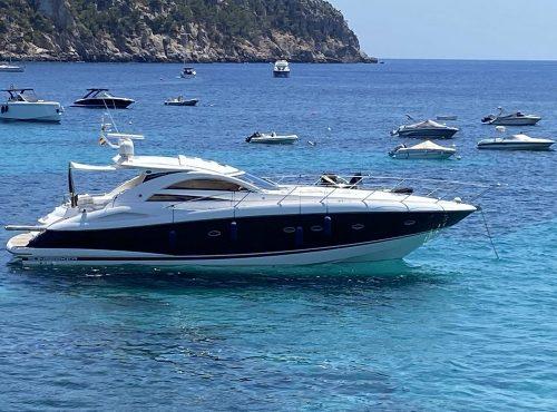 Amazing charter in Port Andratx – Sunseeker Portofino 53
