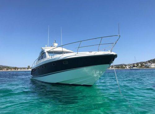 Boat rental in Port Andratx – Fairline Targa 52