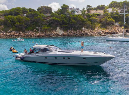 Yacht Charter in Cala Nova – Baia Azzurra 63