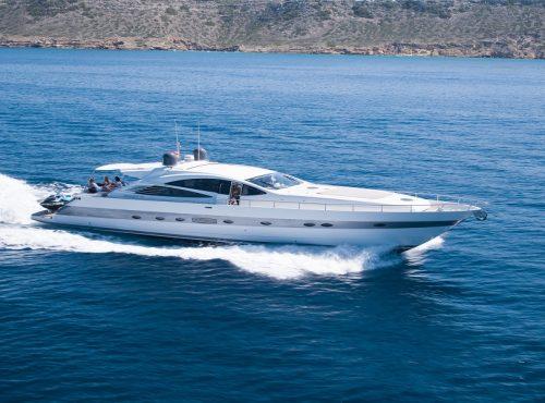 Amazing Yacht Charter – Pershing 76